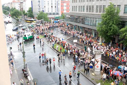 Karneval der Kulturen: Tatsächliche Zeit